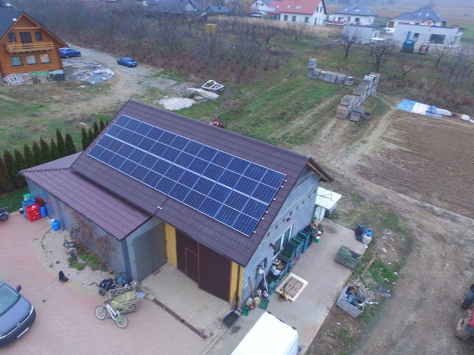 Instalacja o mocy 8 kWp na budynku gospodarczym, Raszów