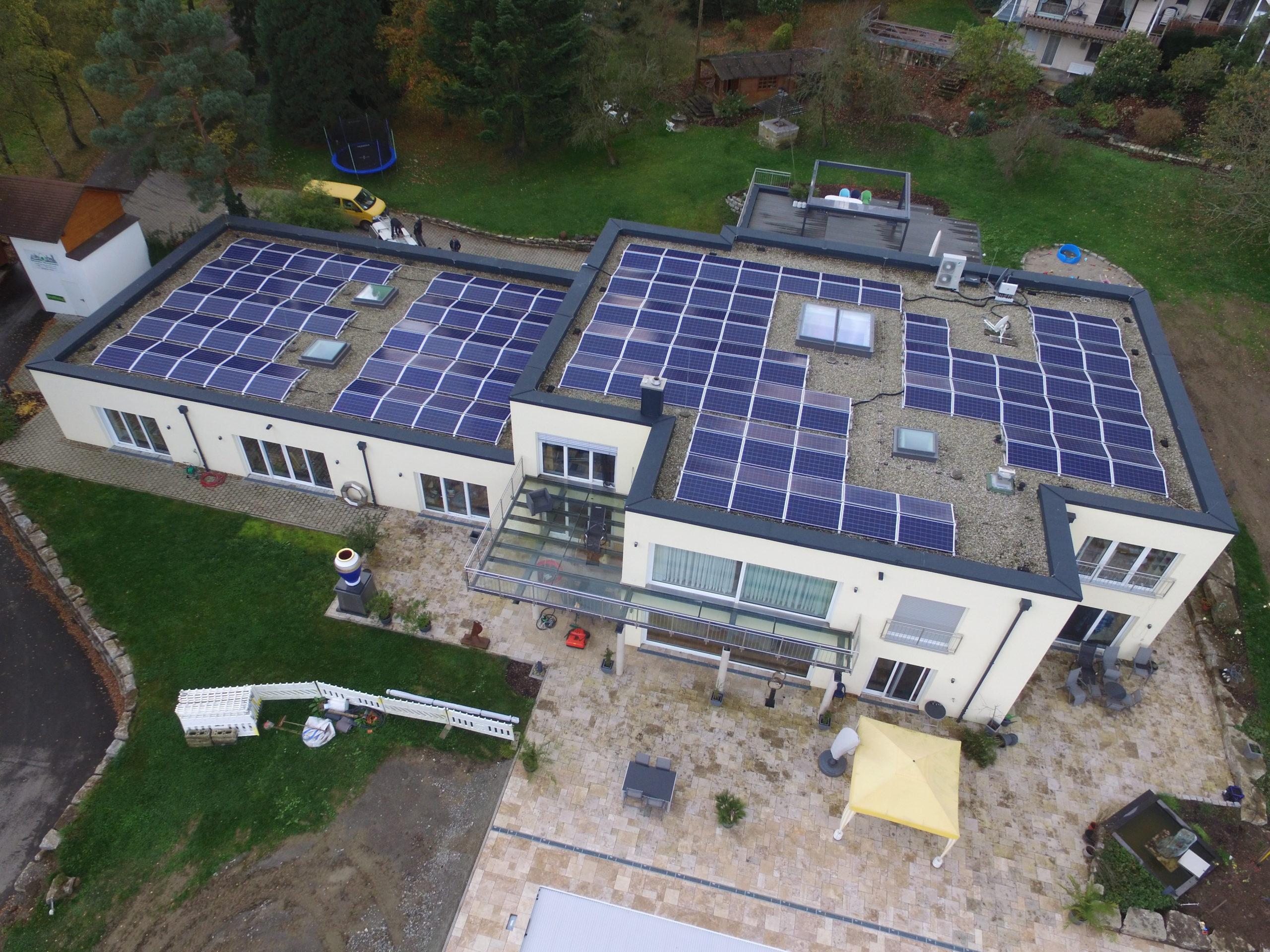 Instalacja o mocy 50 kWp na budynku mieszkalnym, Bawaria – Niemcy