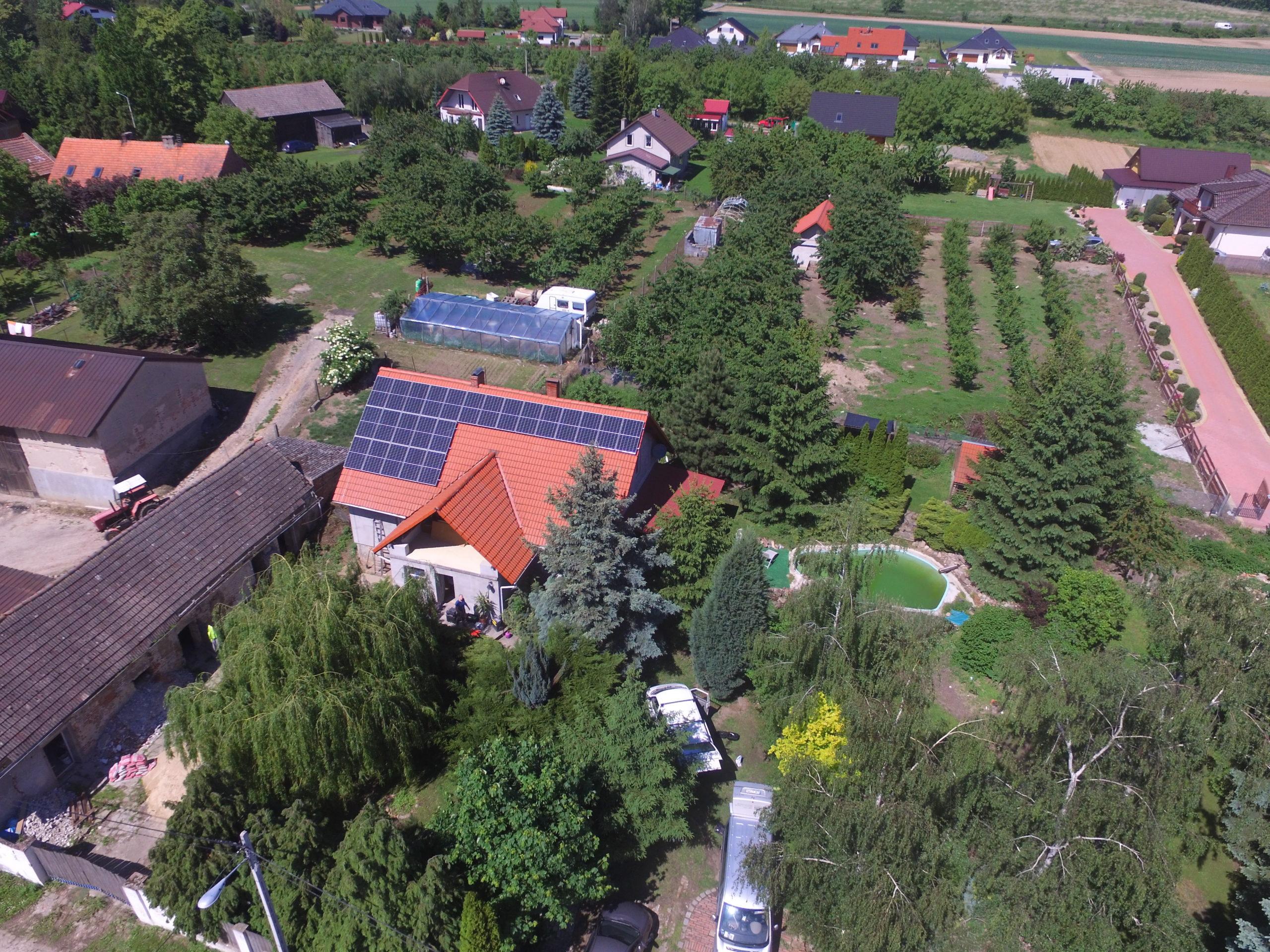 Instalacja fotowoltaiczna o mocy 8 kWp na budynku mieszkalnym, Raszów