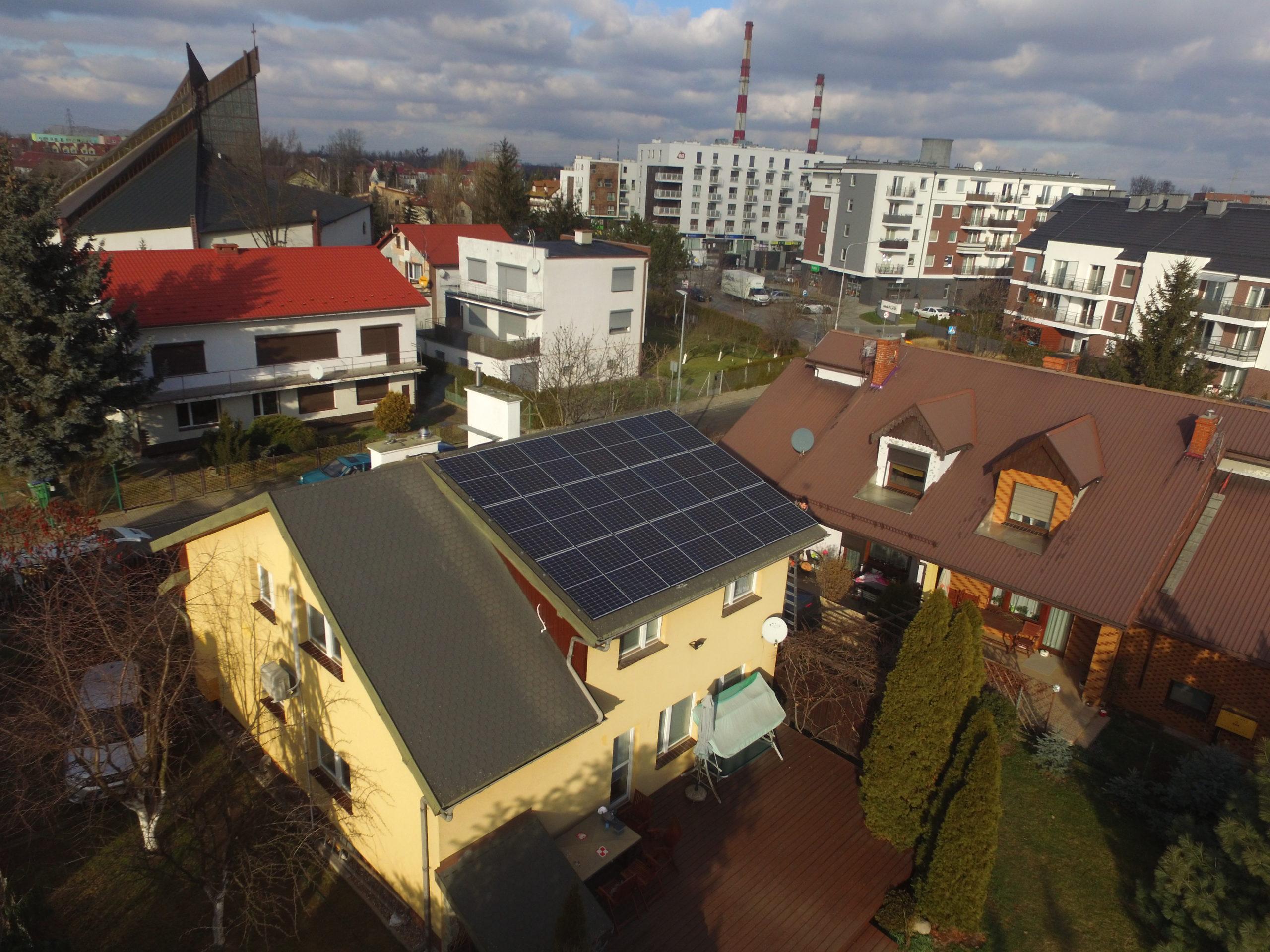 Instalacja fotowoltaiczna o mocy 7 kWp na dachu domu jednorodzinnego, Siechnice